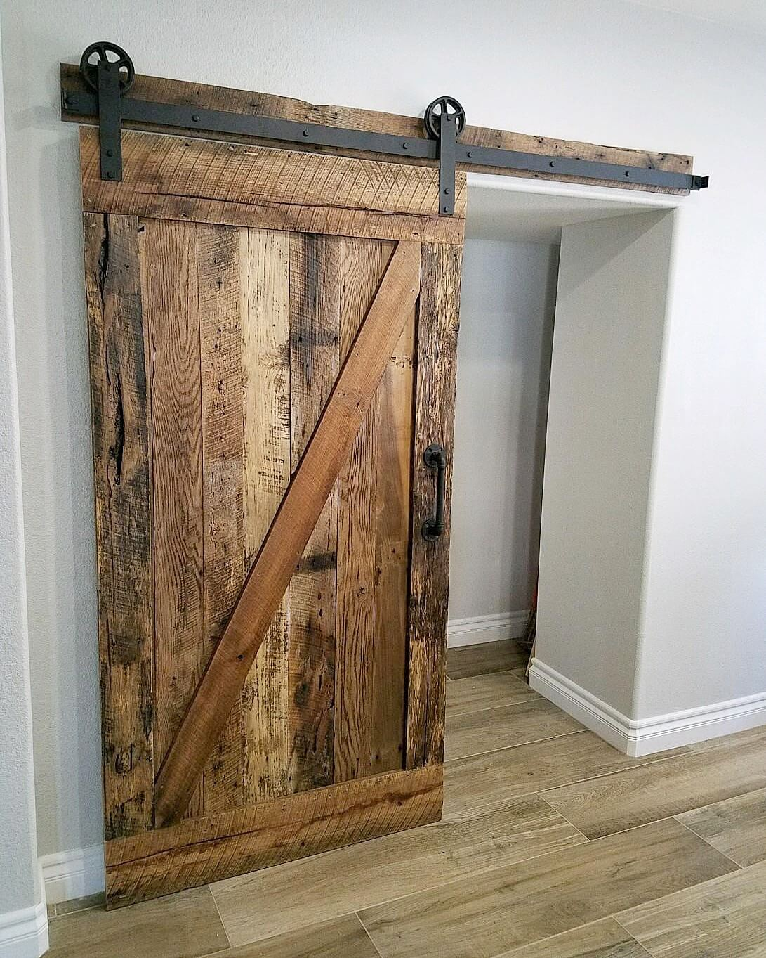 Reclaimed Z Brace Barn Door with our Traditional Hardware ...
